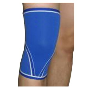 pull-on knee sleeve binder of stretchable neoprene preventing patella displacement