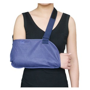 Disposable hospital Arm Sling made of breathable non-woven fabric for shoulder rehabilitation use